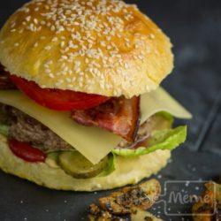 burger pain à Burgers Maison cours de cuisine alsace chez mémé colmar